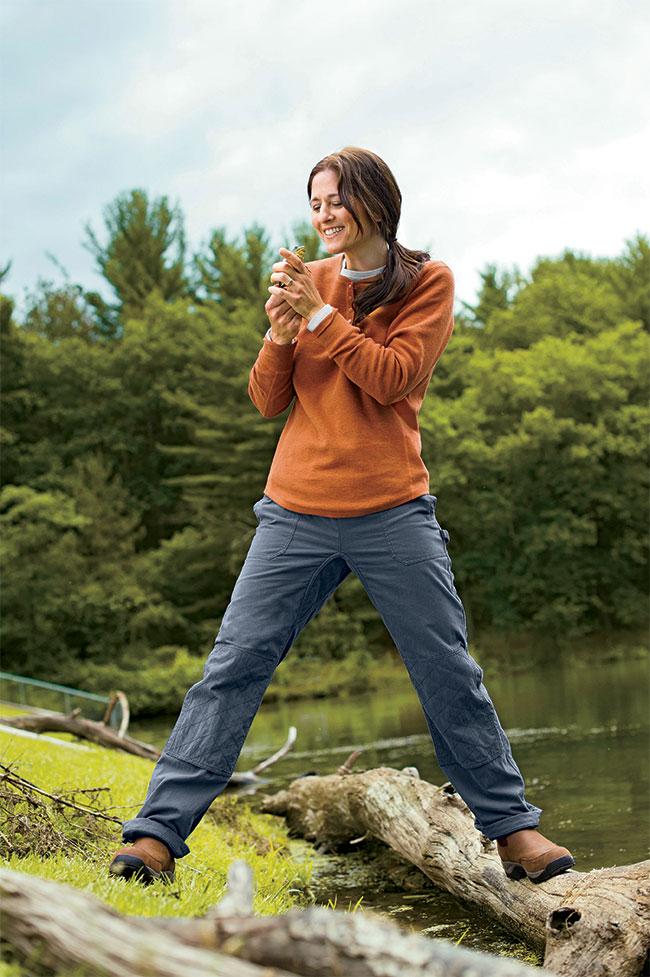 Duluth Women Model Rachelle in Lined Utility Pants