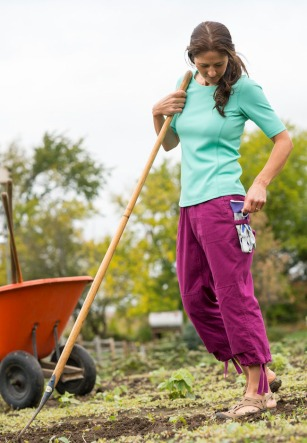 Gardening Clothes: Heirloom Garden Capris #73715 - No Sweat Longtail T Waffle Scoopneck Shirt #73526