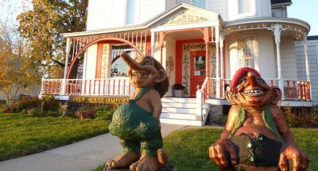Stroll the Mount Horeb Trollway