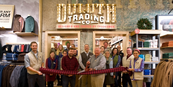 Duluth Trading Company Sioux Falls Ribbon Cutting